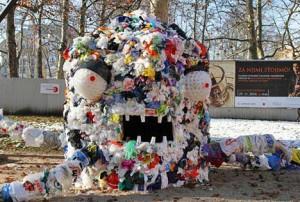 El monstruo de las bolsas de plástico