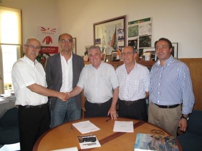 Grupo Enercoop y la Universidad de Alicante (UA) han firmado