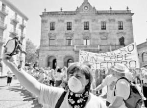 manifestacion contra el vertedero la enmesnada