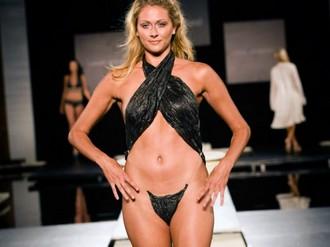Presentado en un desfile del Miami Swim Week