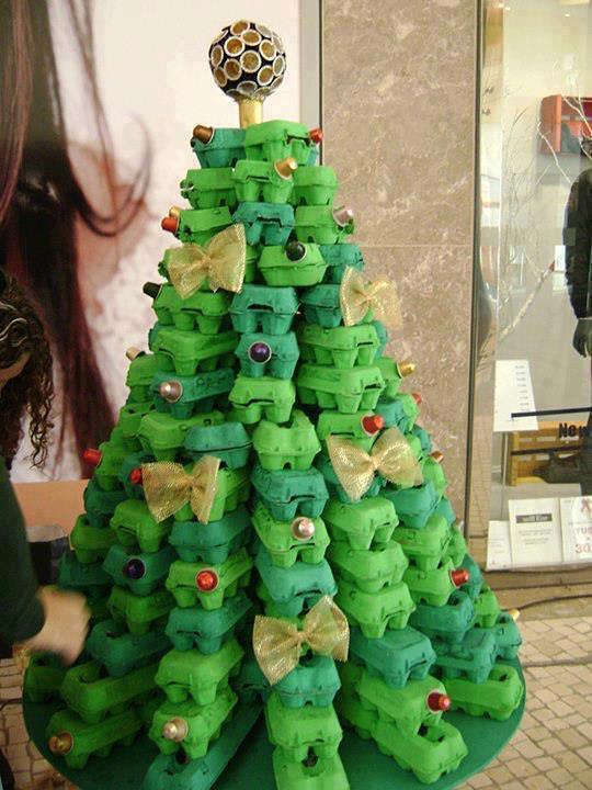 arbol navidad caja de huevos